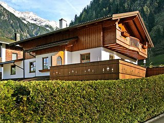 Sunny House with Internet Access and Television - Mayrhofen vacation rentals