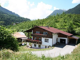 Beautiful 3 bedroom House in Grins - Grins vacation rentals