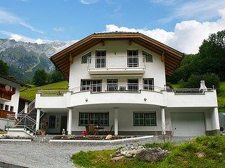 Nice 2 bedroom House in Flirsch - Flirsch vacation rentals