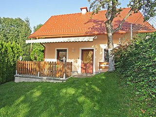 Sunny 2 bedroom House in Portschach am Worther See - Portschach am Worther See vacation rentals