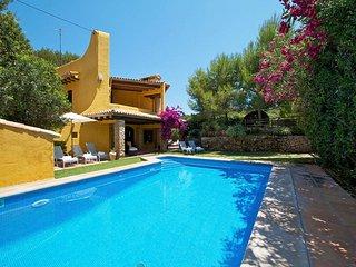 4 bedroom Villa in Cala San Vicente, Mallorca, Mallorca : ref 3930 - Illetas vacation rentals