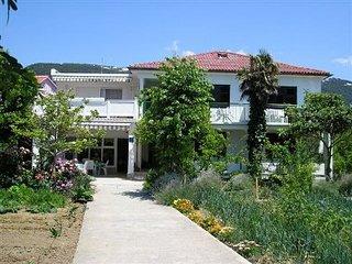 VILLA MIRJANA(1242-2982) - Banjol vacation rentals