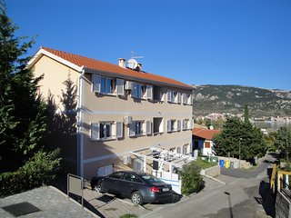 Adorable 2 bedroom House in Stara Baska - Stara Baska vacation rentals
