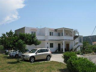 Bright 2 bedroom House in Lopar - Lopar vacation rentals