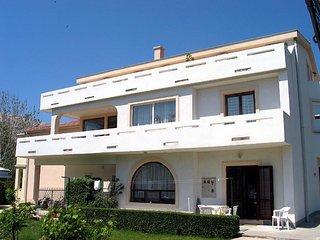 DUJMOVIC ROBERT(149-346) - Draga Bascanska vacation rentals