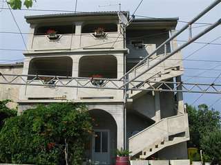 STANCIC(1490-3967) - Lopar vacation rentals