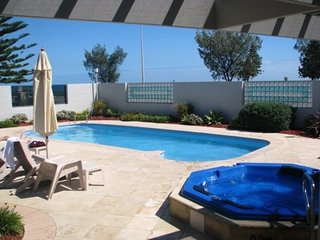 Joy's Hillarys Sorrento Beach Resort Apartment - Sorrento vacation rentals