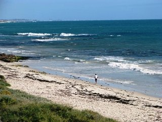 Joy's Hillarys Sorrento Seaside Resort - Sorrento vacation rentals