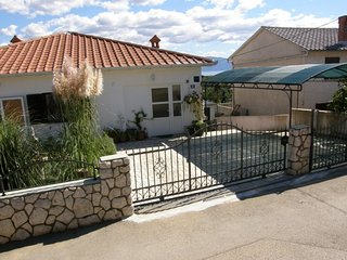 UREMOVIC-KONJIC RENATA(2127-5443) - Silo vacation rentals