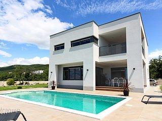 VILLA LEGARA(2300-5812) - Crikvenica vacation rentals