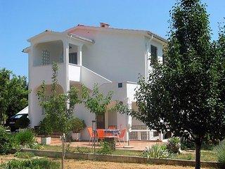 Cozy 3 bedroom House in Draga Bascanska - Draga Bascanska vacation rentals