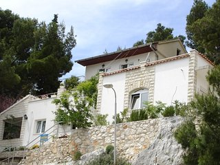 Cozy 2 bedroom House in Primosten - Primosten vacation rentals