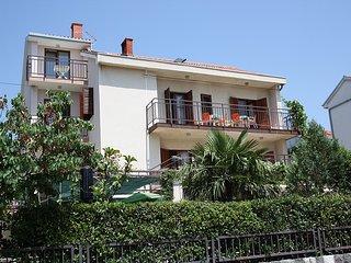 SNJEZANA(408-1014) - Dramalj vacation rentals