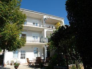 BUNETA(412-1022) - Selce vacation rentals