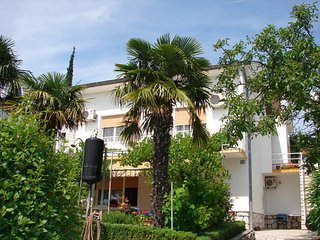 Bright 1 bedroom House in Dramalj - Dramalj vacation rentals