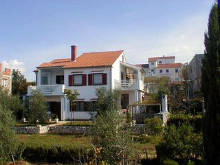 Belavic(771-1584) - Njivice vacation rentals