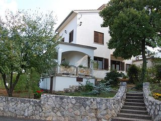 Bolkovac Vida(830-1722) - Njivice vacation rentals