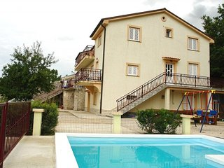 NEVEN(835-1725) - Tribalj vacation rentals