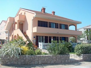 Fugosic Ruzica(881-1918) - Njivice vacation rentals