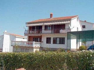 Jurisa Djuka(924-2026) - Njivice vacation rentals