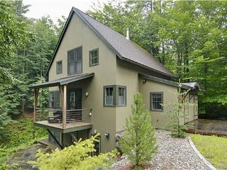 Lovely House with Deck and Internet Access - Stowe vacation rentals