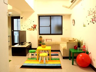 MRT Apartment--Taipei Station E12 - Taipei vacation rentals