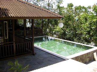 Villa Robinson on the beach (Manado Bunaken) - Tanahwangko vacation rentals
