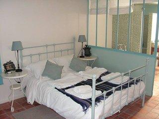 La Verrière, chambre de charme à La Cense Lignère - Prisches vacation rentals
