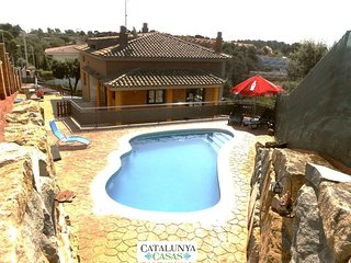 Sublime villa in Pedrasanta, just 25km from Barcelona - Sentmenat vacation rentals