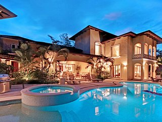 Casa Tropical, Sleeps 12 - Herradura vacation rentals