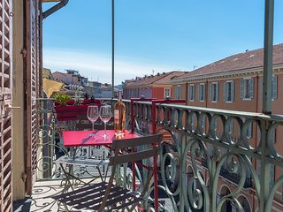GIOFFREDO - 2 beds with AC on Massena square - Nice vacation rentals