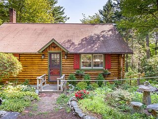 Sunny Brae, Modern Sprucewold Log Cabin With Beach Access - Boothbay Harbor vacation rentals