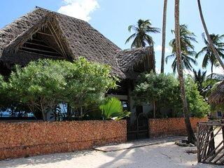 Perfect 3 bedroom Villa in Kiwengwa with Internet Access - Kiwengwa vacation rentals