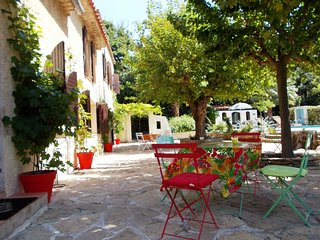 privat rooms in big mas  pool&beach&wellness - Saint Cyr sur mer vacation rentals