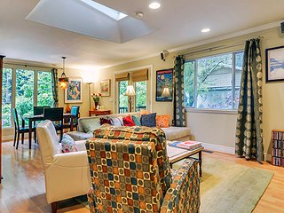 Bonne Chere - Romantic Getaway with Private Spa - Guerneville vacation rentals