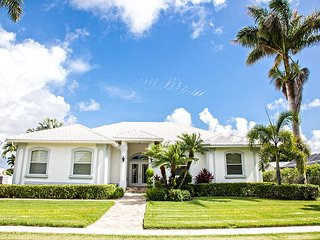 1372 Leland Way - Immaculate Pool Home - Marco Island vacation rentals
