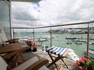 A Prestigious waterfront apartment - Cowes vacation rentals