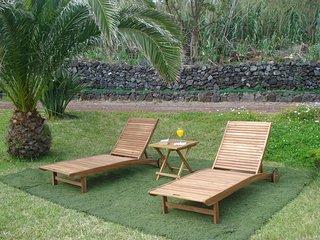 Romantic 1 bedroom Lagoa Chalet with Internet Access - Lagoa vacation rentals