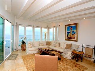 #212 Rare Oceanfront 4 bedroom in the heart of Malibu - Malibu vacation rentals
