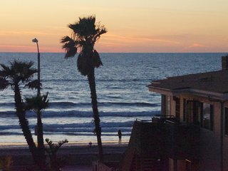 #9 Ocean View Big Mission Beach House with Spa and 3 decks - San Diego vacation rentals