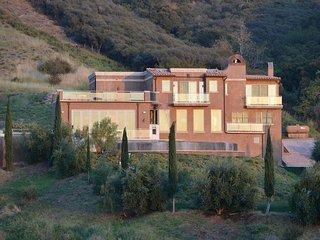 #122 Estate Villa in the Hills of Malibu with Infinity Pool - Malibu vacation rentals
