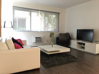 Cosy comfortable 1 bed in the heart of South Beach - Miami Beach vacation rentals