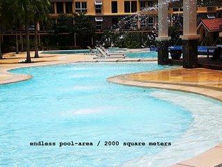 Brandnew luxury 2-BR condo seaside next to SM Mall - Cebu City vacation rentals
