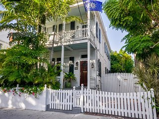 ORCHID OASIS - Colorful Luxury home in the heart of Old Town! - Key West vacation rentals