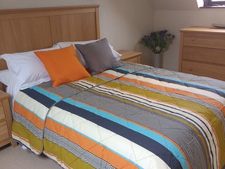 Luxury duplex apartment in Lymington with parking - Lymington vacation rentals