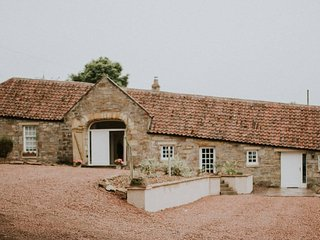 Luxury Spacious Cottage With Large Garden - Saint Andrews vacation rentals