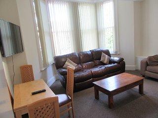 2 bedroom apartment, Aigburth, Liverpool - Liverpool vacation rentals