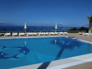 Newly renovated 1 bedroom apartment (sleeps 4) - Los Gigantes vacation rentals