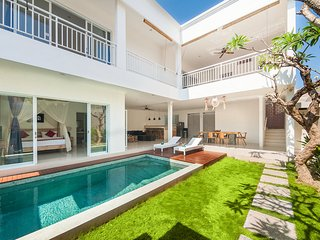 3BR Villa Seminyak/Oberoi,15mint walk to the beach - Seminyak vacation rentals