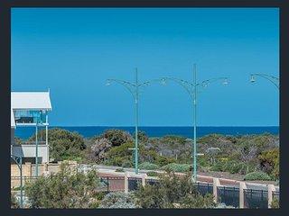 Nice 4 bedroom House in Burns Beach - Burns Beach vacation rentals